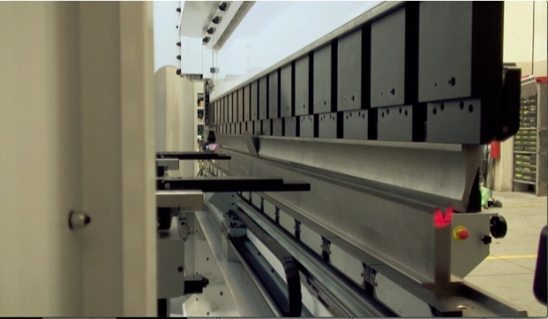 pressa piegatrice per piegatura lamiera Vimercato phsy 200x3600 dettaglio utensili
